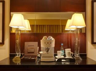 The Chelsea Harbour Hotel London - Coffee and Tea Making Facilities in all Suites