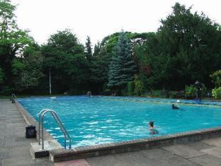 Brook new bath hotel matlock united kingdom - Matlock hotels with swimming pools ...
