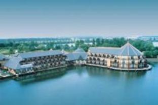 Reading Lake Hotel