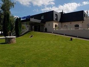 Relais De Courlande Hotel
