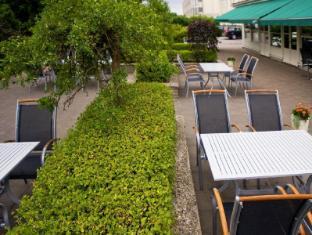 Mercure Hotel Stockholm South Stockholm - Garden