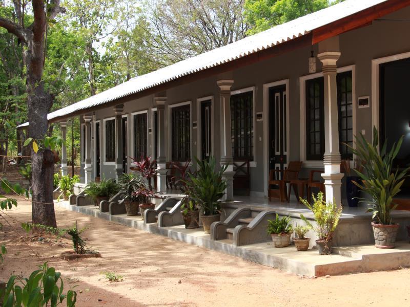 Habarana A4 Villa - Hotels and Accommodation in Sri Lanka, Asia