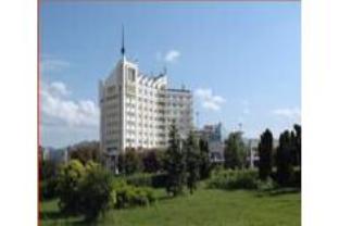 マラ ホテルの外観