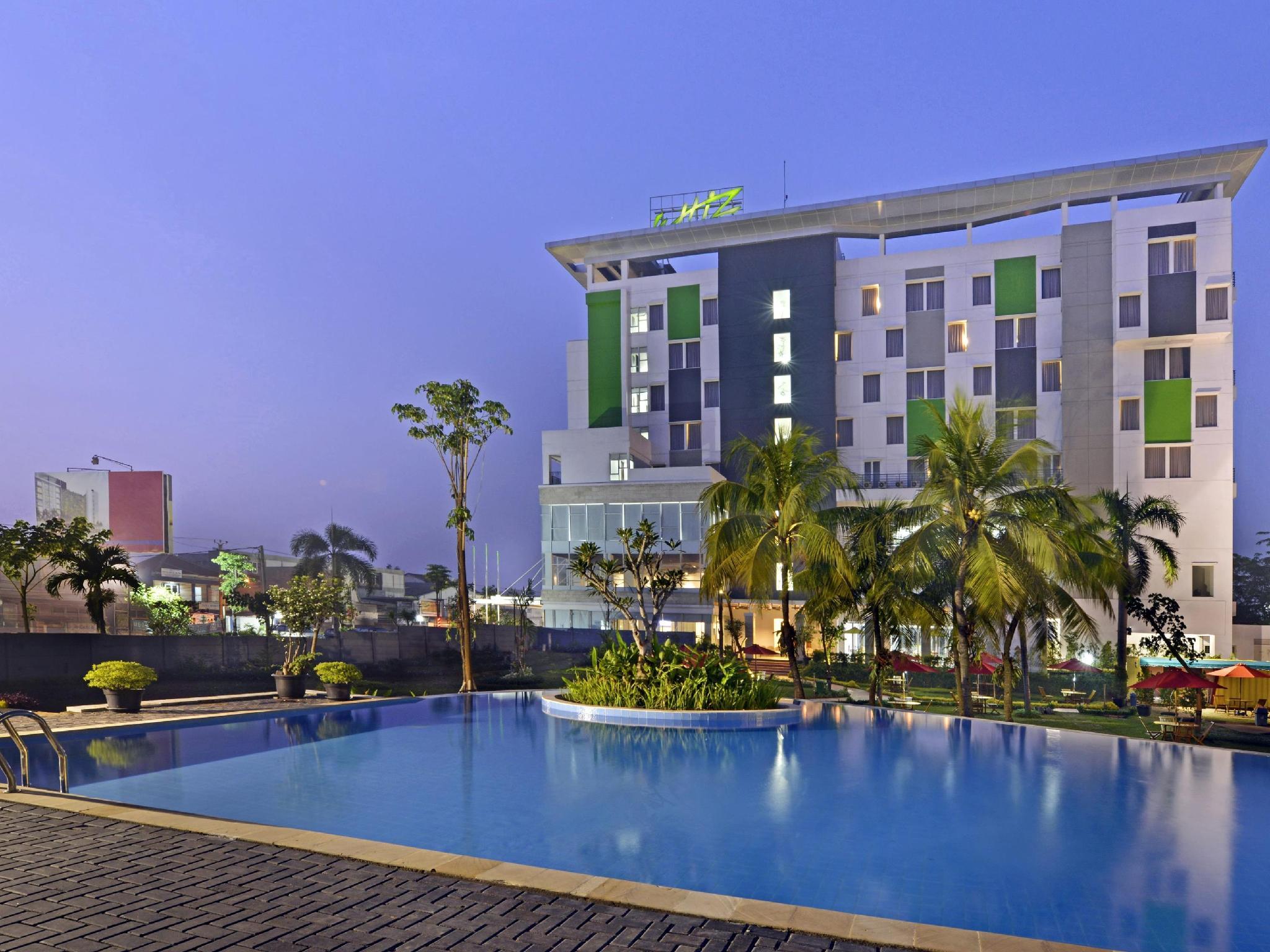Whiz Prime Hotel Cifest Cikarang