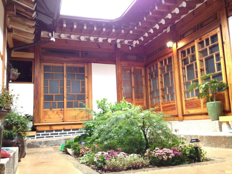Mumum Hanok Guesthouse - Hotels and Accommodation in South Korea, Asia