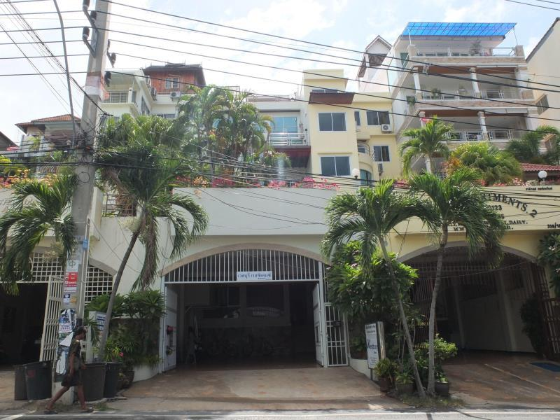 Westbury Residence - Hotels and Accommodation in Thailand, Asia