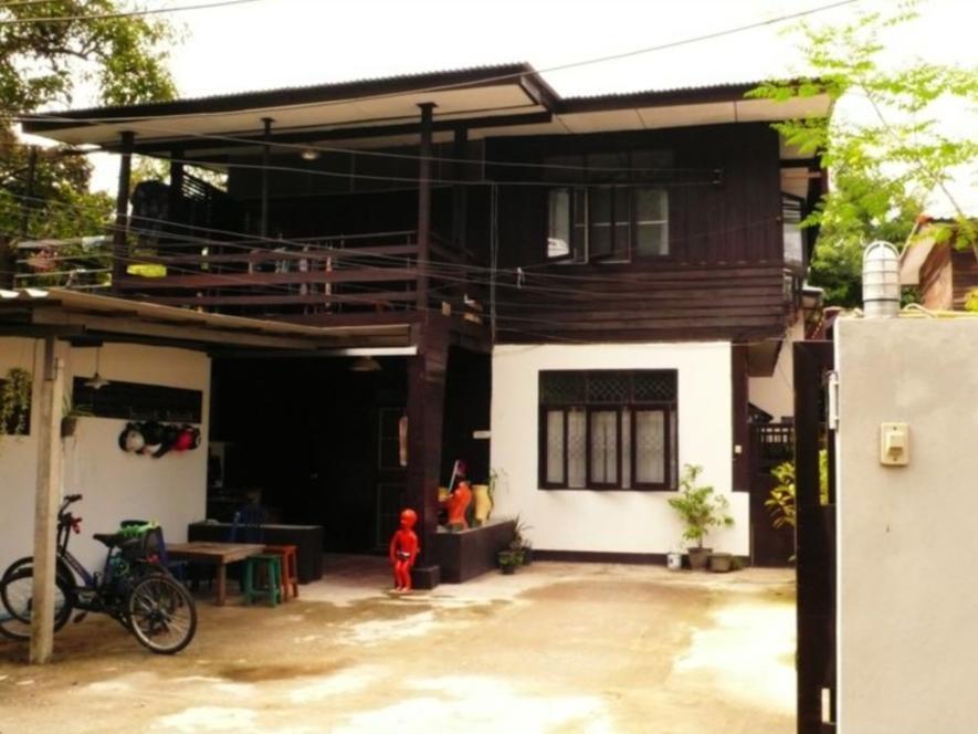 Wood N Nail Homestay - Hotell och Boende i Thailand i Asien