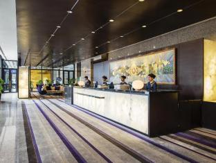 Emporium Suites by Chatrium Bangkok - Check-in counter