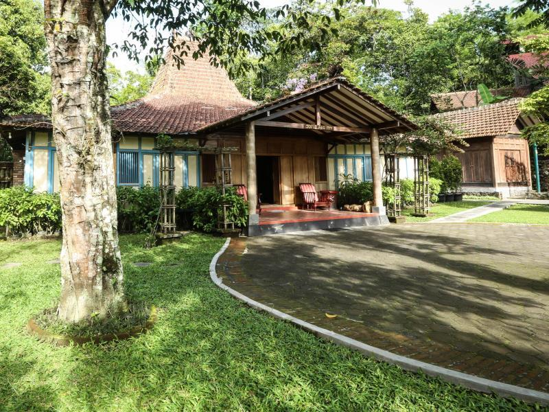 Joglo Ago Villa - Hotels and Accommodation in Indonesia, Asia