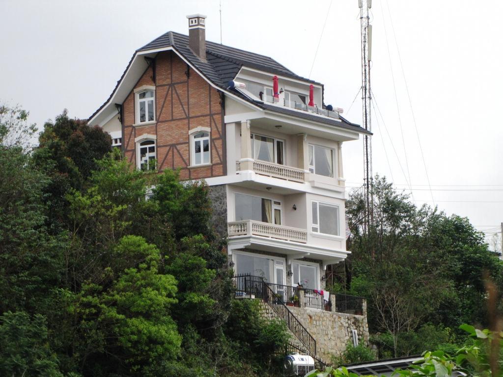 Hotel Villa Vista Dalat - Dalat