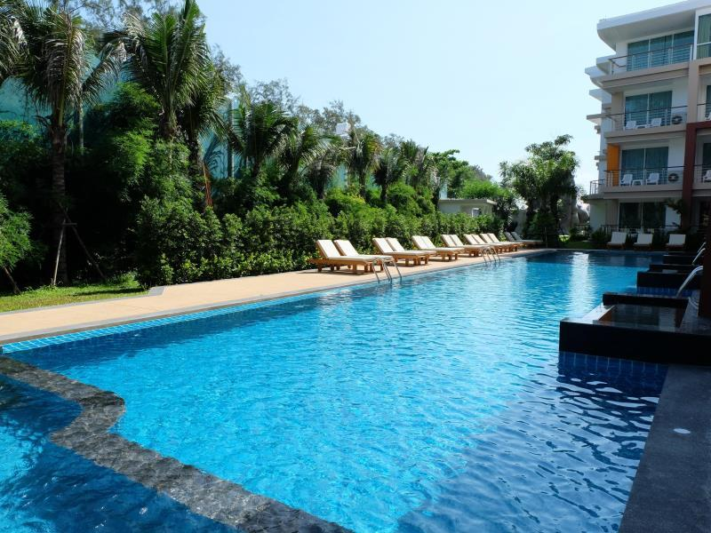 Phuket Seaview Resotel - Hotels and Accommodation in Thailand, Asia
