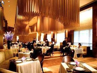 Landmark Mandarin Oriental Hotel Hong Kong - Amber
