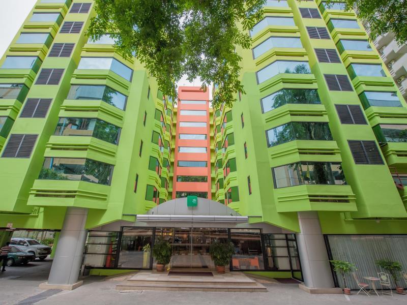 The Seasons Bangkok Huamark Hotel - Hotels and Accommodation in Thailand, Asia