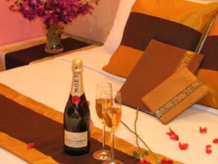 Kings Hotel Malacca / Melaka - Guest Room
