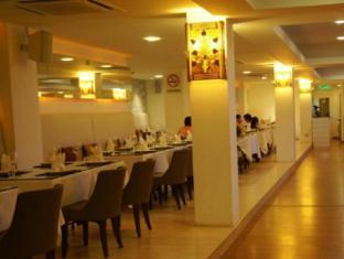 Kings Hotel Malacca / Melaka - Restaurant