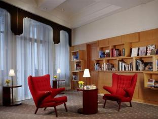 Lanson Place Hotel הונג קונג - בית המלון מבפנים