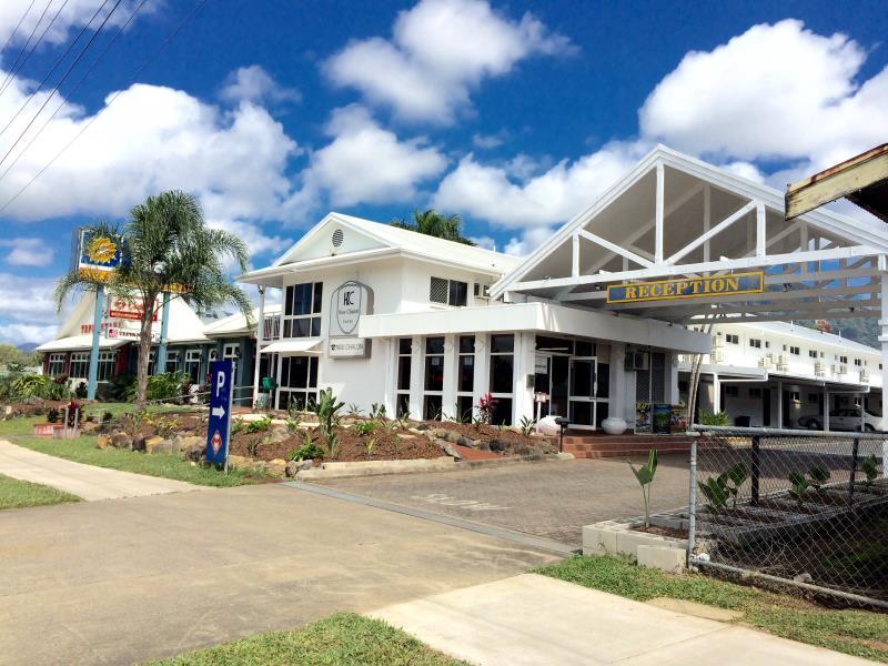 Cairns New Chalon Hotel - Hotell och Boende i Australien , Cairns