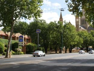 Best Western Cathedral Motor Inn 最佳西方大教堂汽车旅馆