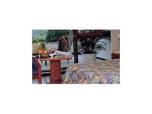 Grand Bromo Hotel Surabaya - Guest Room