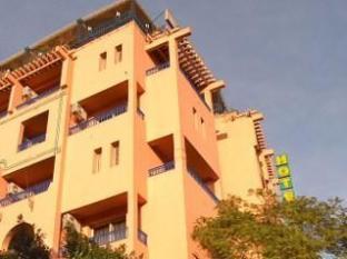 Tachfine Hotel photo
