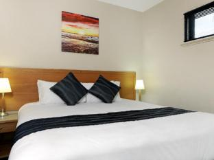 Assured Ascot Quays Apartment Hotel Perth - 2 Bedroom Apartment
