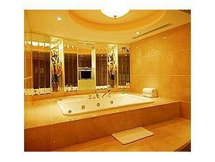 Rio Hotel Macau - Hot Tub