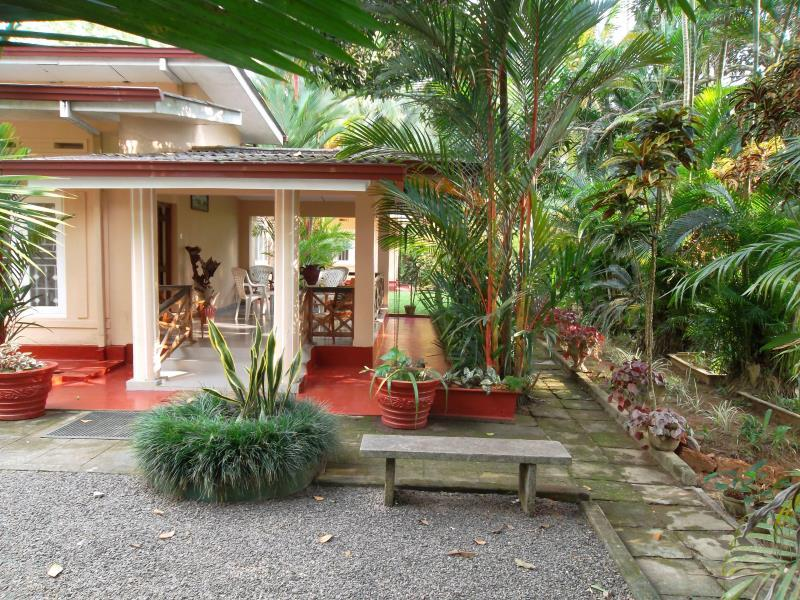 Gaily Green Hotel - Hotels and Accommodation in Sri Lanka, Asia