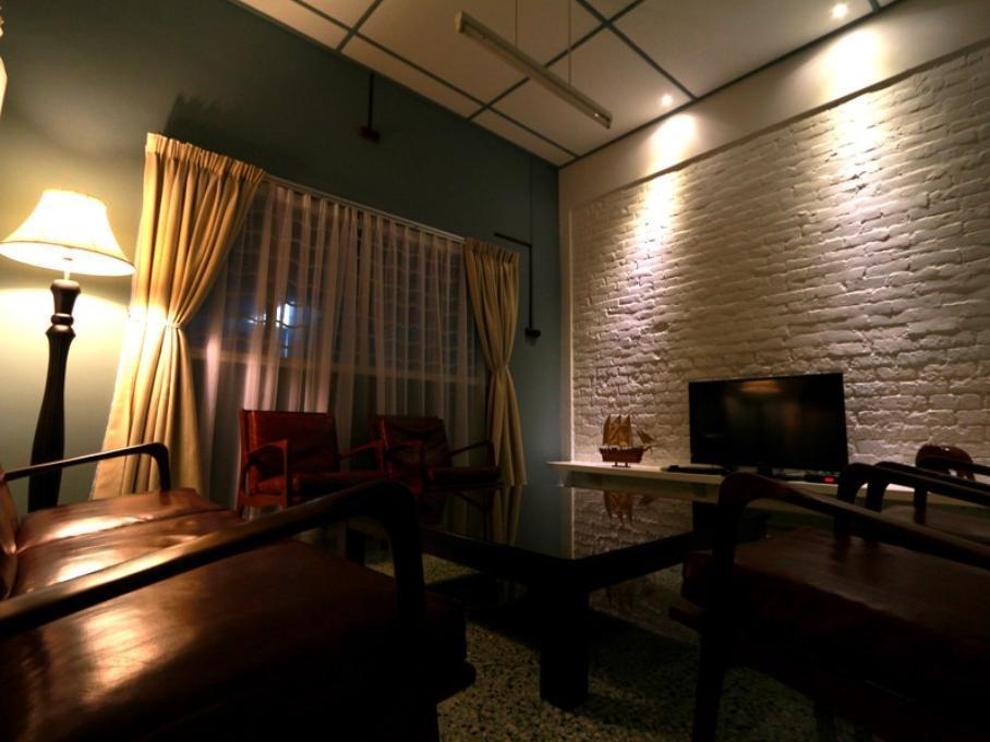 Malacca Holiday Bungalow - Hotels and Accommodation in Malaysia, Asia