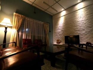 Malacca Holiday Bungalow - 1star located at Melaka Tengah