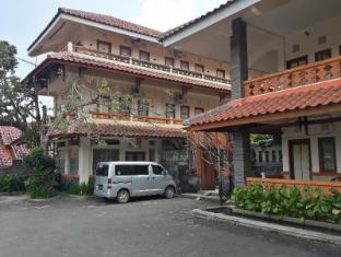 Arondari Hotel Sukabumi, Indonesia