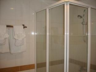 Casa Boutique Hotel Pnompenis - Vonios kambarys