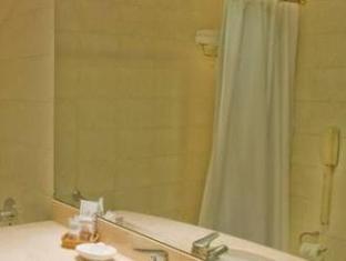 Argenta Tower Hotel & Suites Buenos Aires - Bathroom