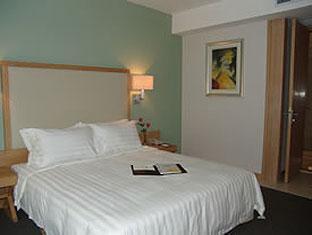 Golden Bridge Hotel - Room type photo