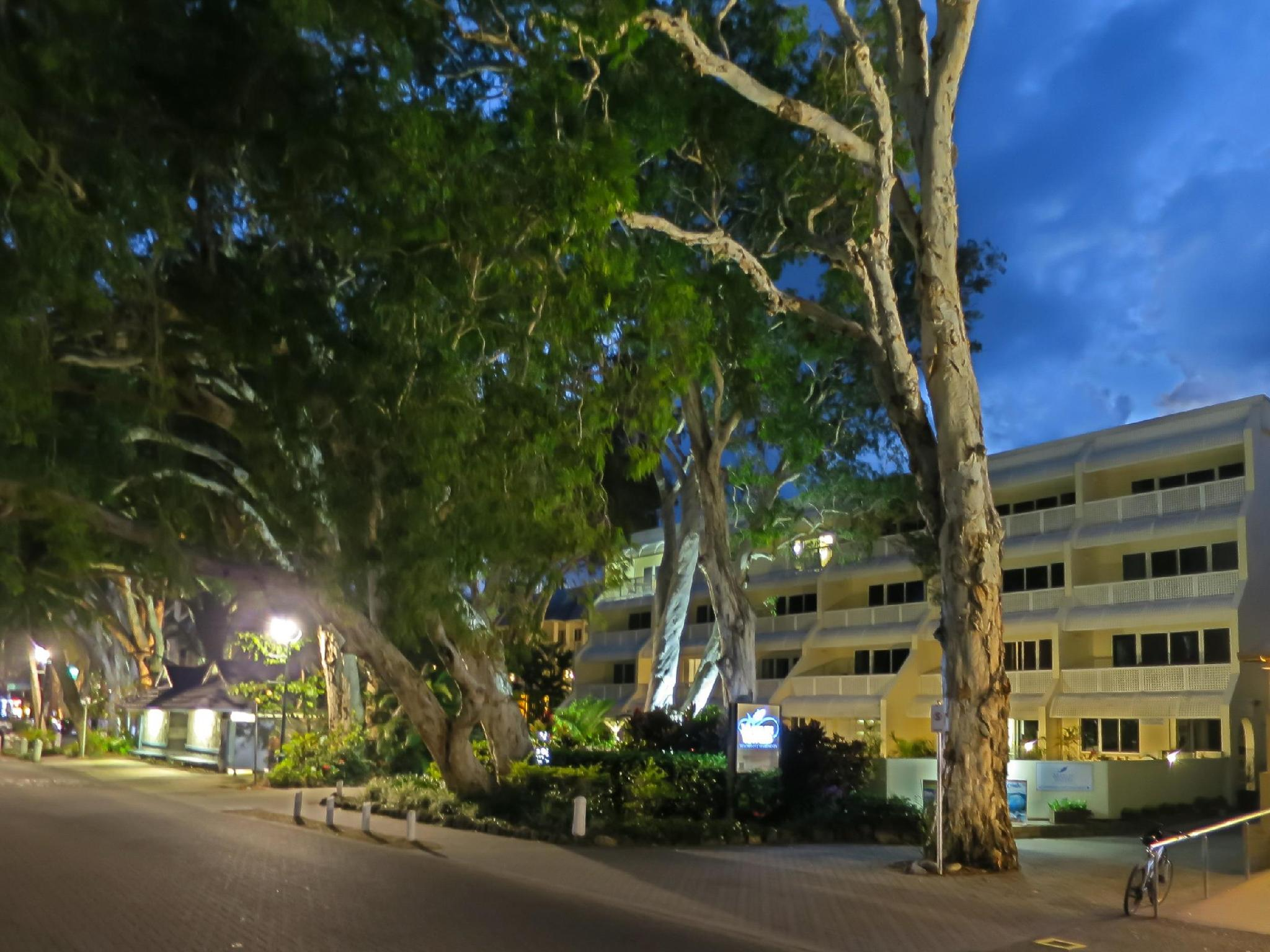Marlin Waters Beachfront Apartments - Hotell och Boende i Australien , Cairns