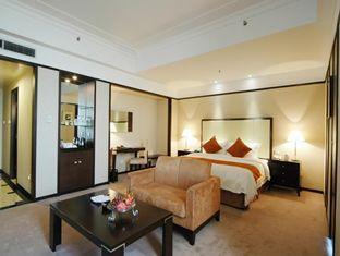 Howard Johnson Pearl Plaza Hotel - Room type photo
