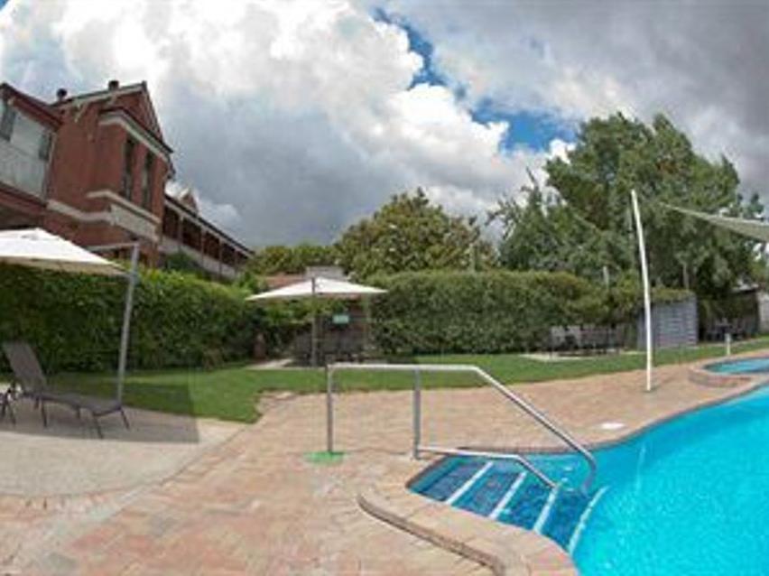 Alzburg Resort - Hotell och Boende i Australien , Mansfield
