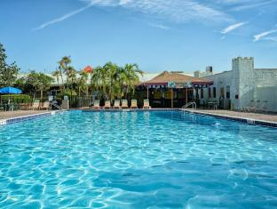 Seralago Hotel and Suites Main Gate East Orlando (FL) - Swimming Pool