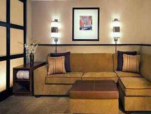 Hyatt Place Topeka Hotel Topeka (KS) - Suite Room