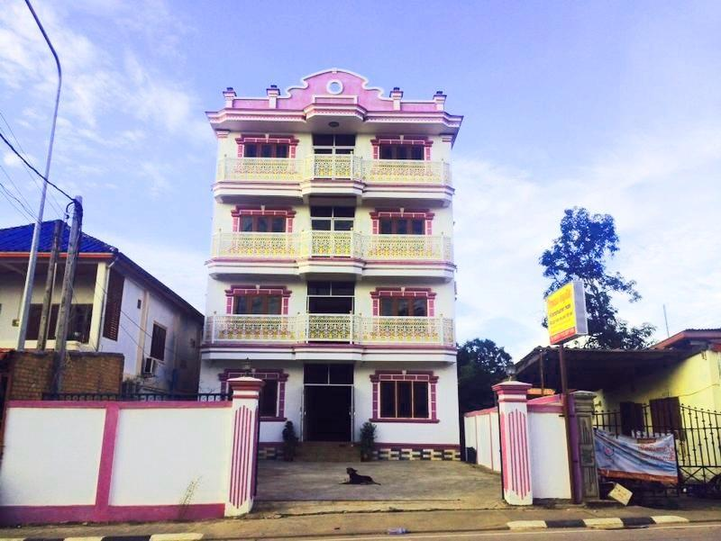 Khamphouphet Hotel - Hotels and Accommodation in Laos, Asia