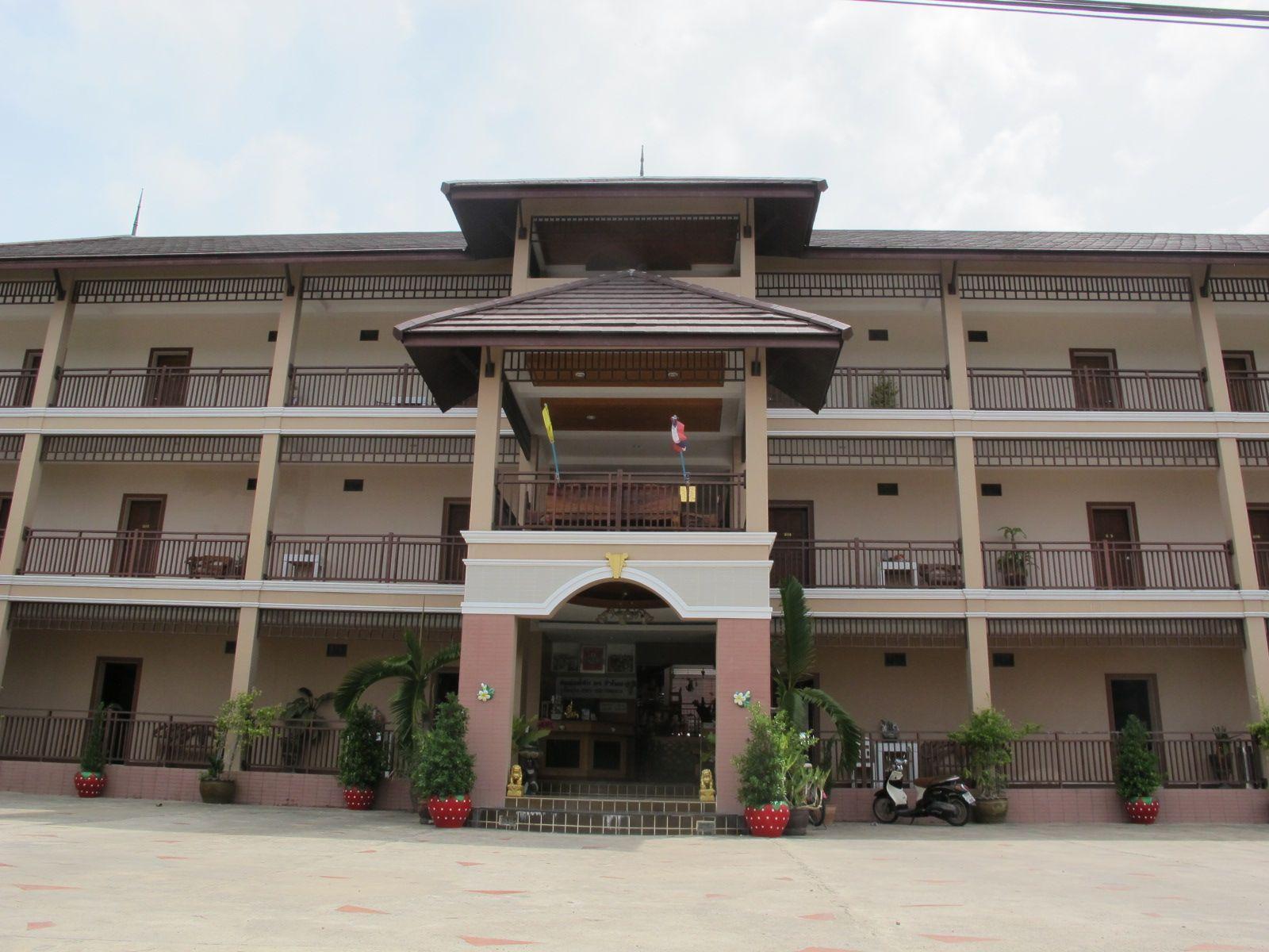 Korwanburi Hotel - Hotell och Boende i Thailand i Asien