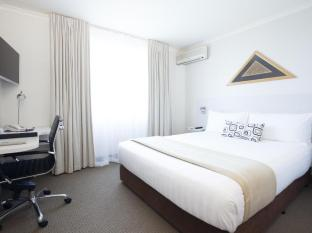 Jet Park Airport Hotel Auckland - Refurbished 2013