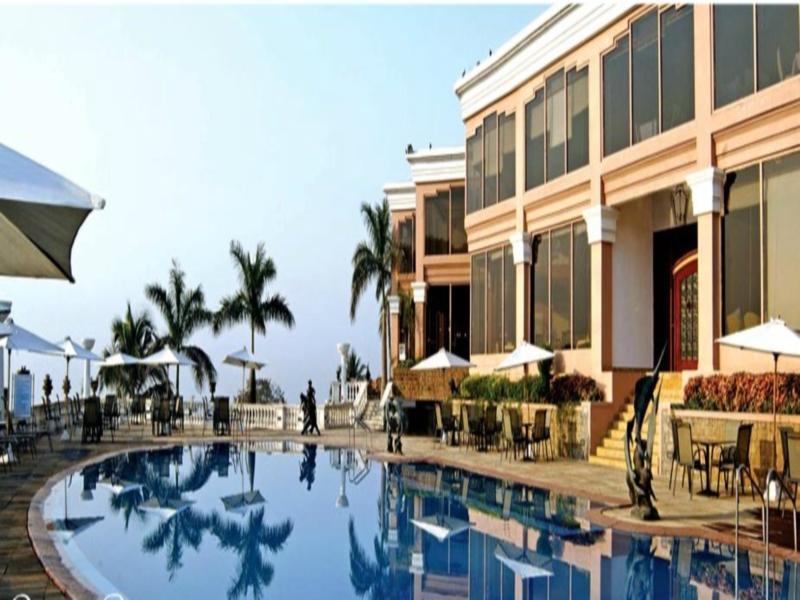 Palms Hotel Tower and Villas - Hotell och Boende i Indien i Mumbai