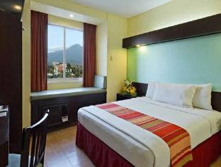 Microtel by Wyndham Sto. Tomas - Batangas Batangas - 1 Queen Bed Room