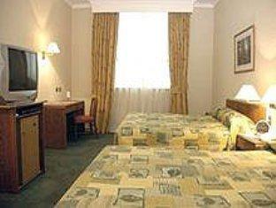 Diego De Almagro Airport Hotel Santiago - Guest Room