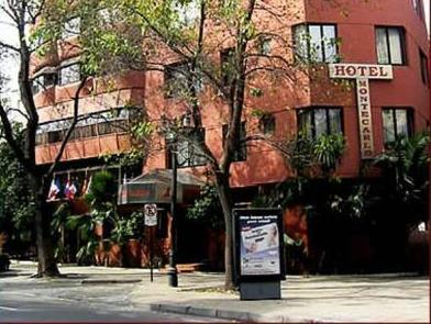 Hotel Montecarlo Santiago - Hotels and Accommodation in Chile, South America