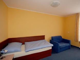 Aparthotel Austria Suites Praga - Pokój gościnny