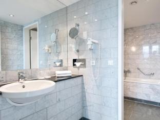 Angleterre Hotel Berlin ברלין - חדר אמבטיה
