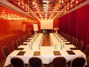 Angleterre Hotel Berlin برلين - غرفة الاجتماعات