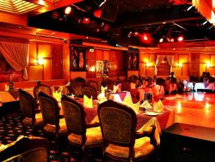 Ramee Guestline Hotel Dubai - Bollywood Cafe