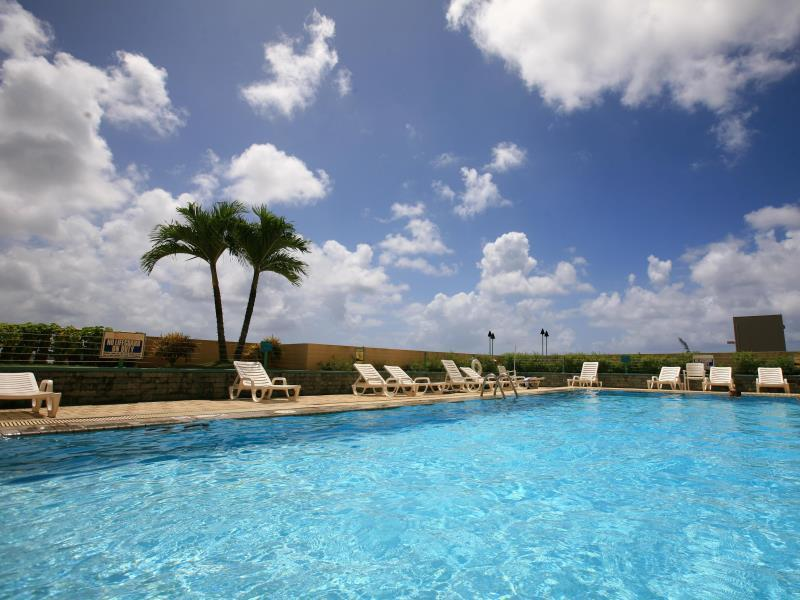 Holiday Resort & Spa Guam - Hotellet från utsidan